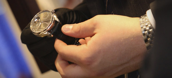 How-to-Clean-Watches
